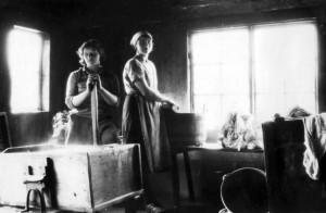 Sune Tvätt Välsta Vret, Sandra Hägerstrand och Karin Larsson