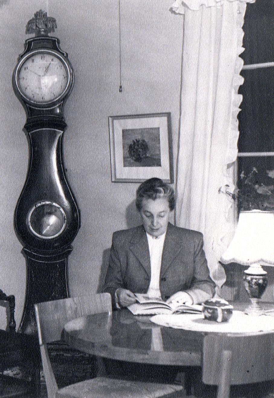 Förest Thea Holm omkring 1950